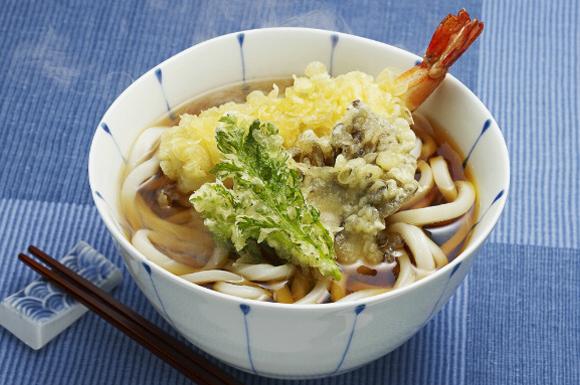 旬の野菜と魚介の天ぷらうどん