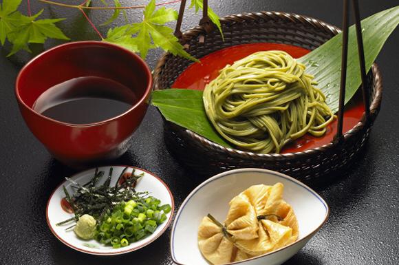 宇治の抹茶の香りそば(京都)