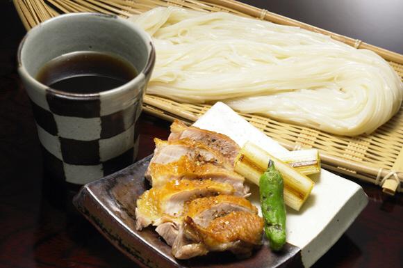 こんがり地鶏の稲庭つけ麺(秋田)