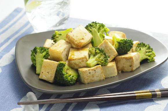 サイコロ豆腐のバター炒め