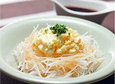 大根とゆで卵のサラダ