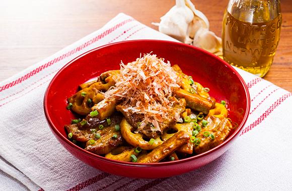 根菜と豚肉のソテーカレー風味