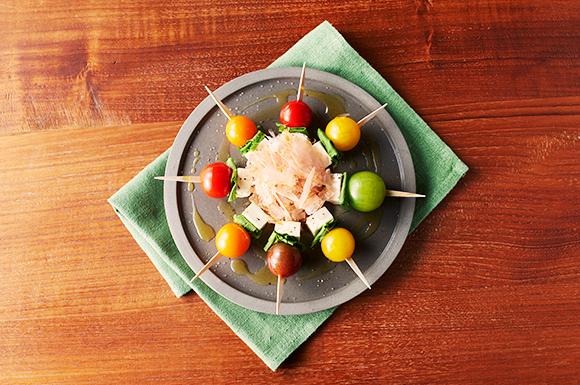 ミニトマトとクリームチーズの花ふわりピンチョス