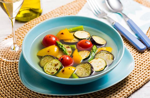 ごろごろ焼き野菜の白だしスープ