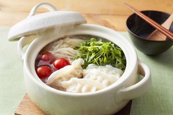 餃子と豆苗ともやしの鍋