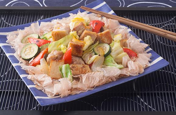 グリルチキンと彩り野菜のマーマレード炒め