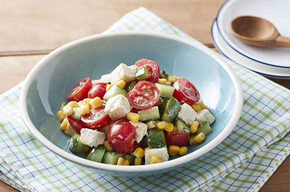 夏野菜とクリームチーズのサラダ