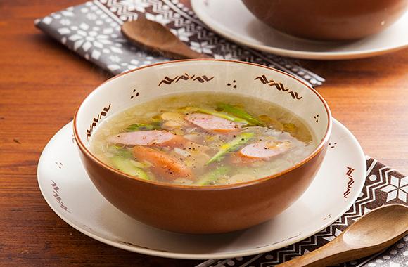 玉ねぎとウィンナーの洋風スープ