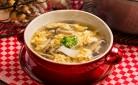 たっぷりきのことふわふわ卵の白だしスープ