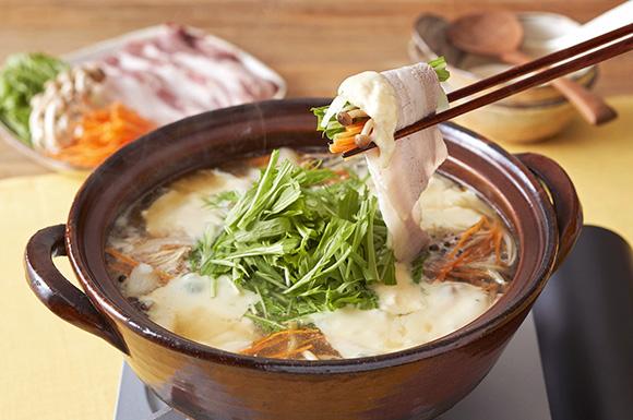 水菜とチーズのしゃぶしゃぶ鍋