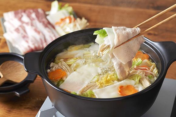豚肉とお餅のしゃぶしゃぶ鍋