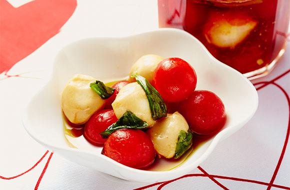 トマトチーズのめんつゆオイル漬け