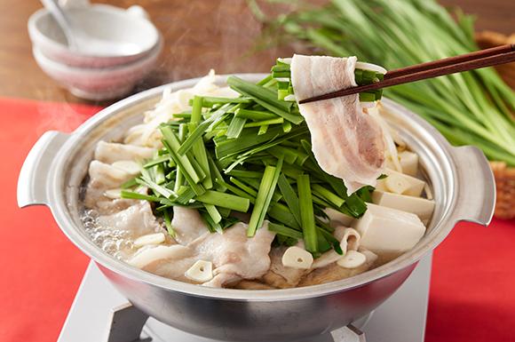 にら3束てんこ盛り!スタミナ豚しゃぶ野菜鍋