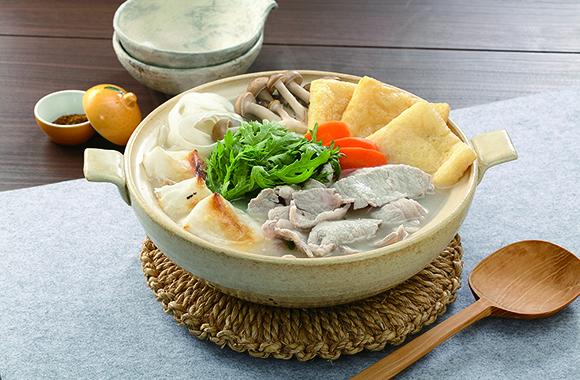 だししみ冬大根の焼き餅鍋