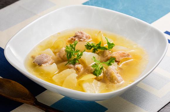 鶏もも肉と大根ごろごろ白だしスープ