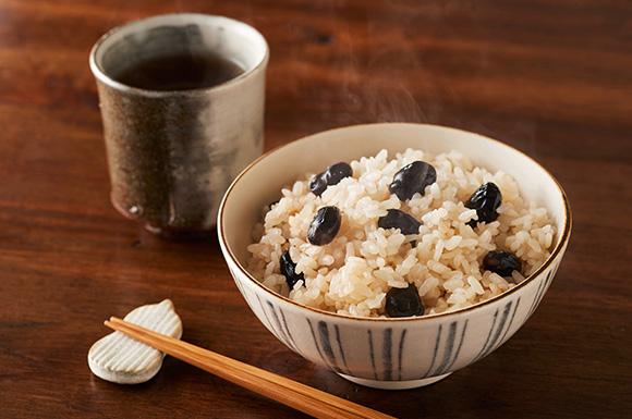 奈良の茶飯風黒豆の炊き込みご飯