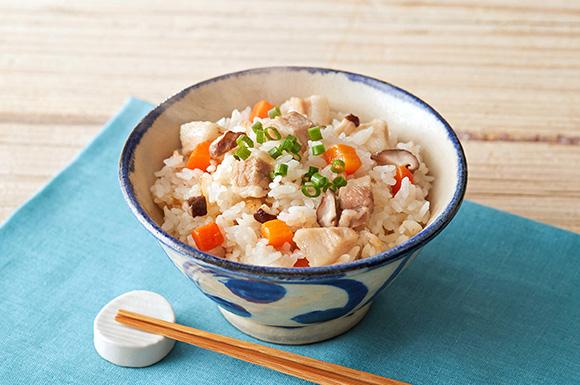 沖縄風豚と野菜の炊き込みご飯