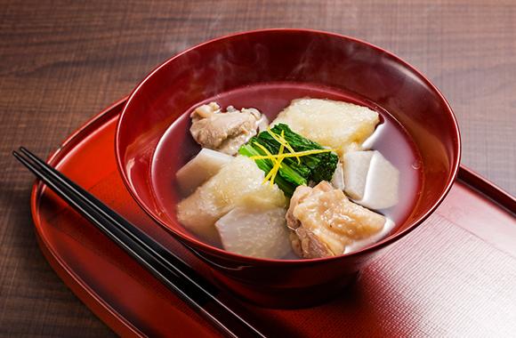 揚げ餅と里いもの雑煮風スープ