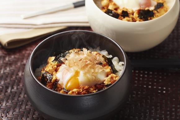 豆腐と温泉卵の韓国風おかかご飯