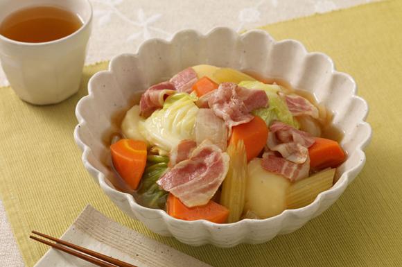 ベーコンと野菜の和風煮