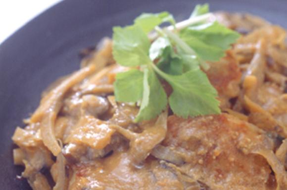 五目野菜とつくねの味噌煮