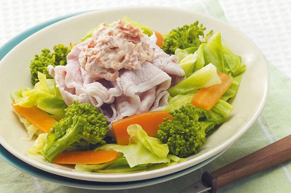 春キャベツと豚しゃぶのサラダ