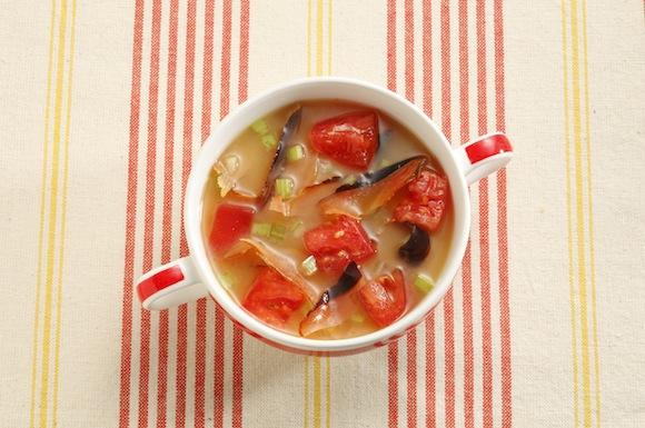 トマトとセロリのかちゅー湯